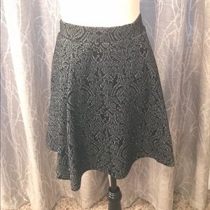 Torrid black metallic skirt size 0